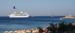 Έλλη (Elli Beach) Elli Beach Ródos 近く の画像. cruise sea summer beach landscape ship greece rhodes 2009 cruiseliner legendoftheseas