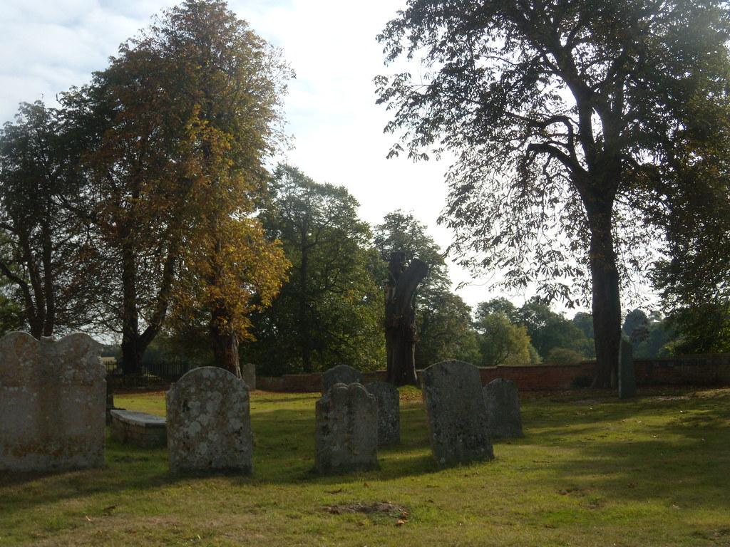 Churchyard, Lawford Manningtree Circular