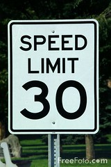 41_11_58---30-Speed-Limit-USA-Road-Sign_web