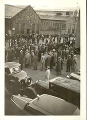 Strike of 1935 - Picketing workers view 2