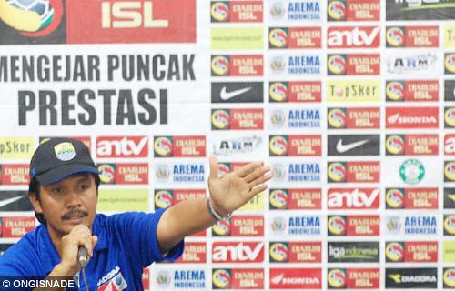 Arema Indonesia vs Persib Bandung | Flickr - Photo Sharing!