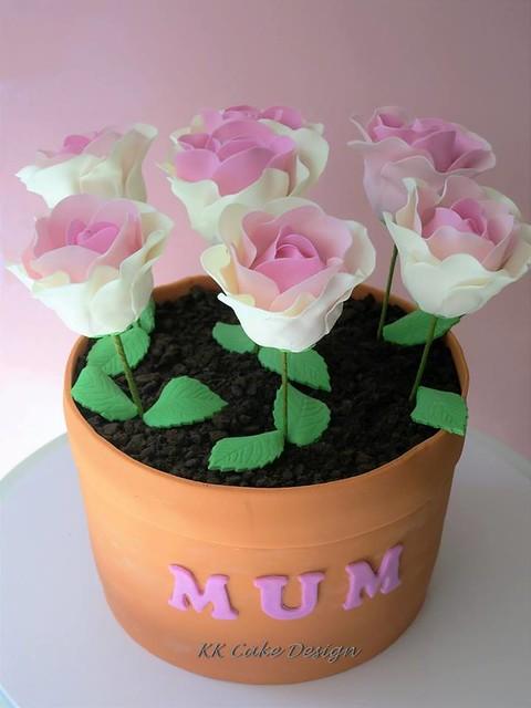 Cake by KK Cake Design