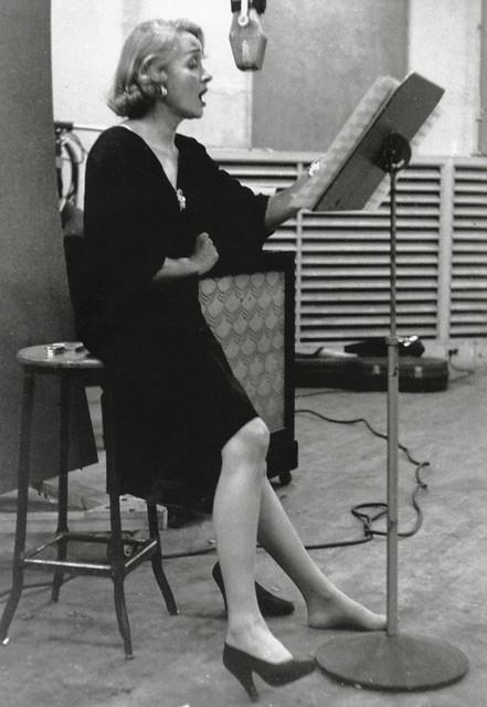 Marlene Dietrich, recording studio, 1952