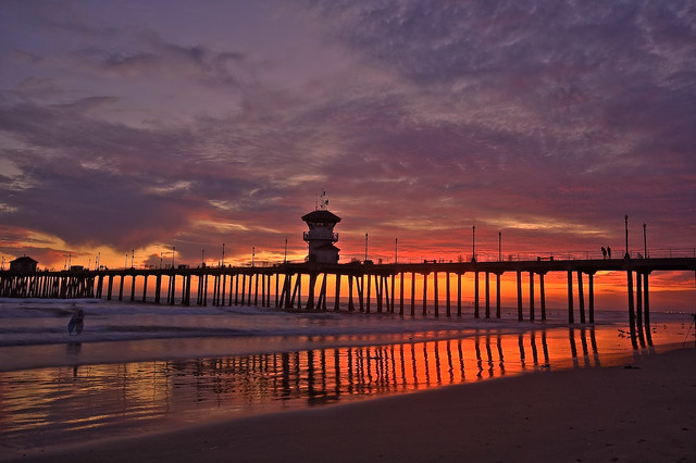 Huntington Beach by CC user sneddon on Flickr