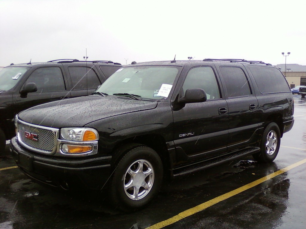 2005 gmc yukon xl denali images pictures and videos. Black Bedroom Furniture Sets. Home Design Ideas
