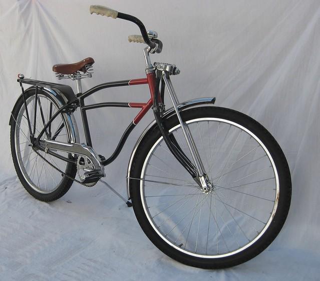9fa45557ee3 ... 1940s Bicycles: 1940's Old American Cruiser Bike