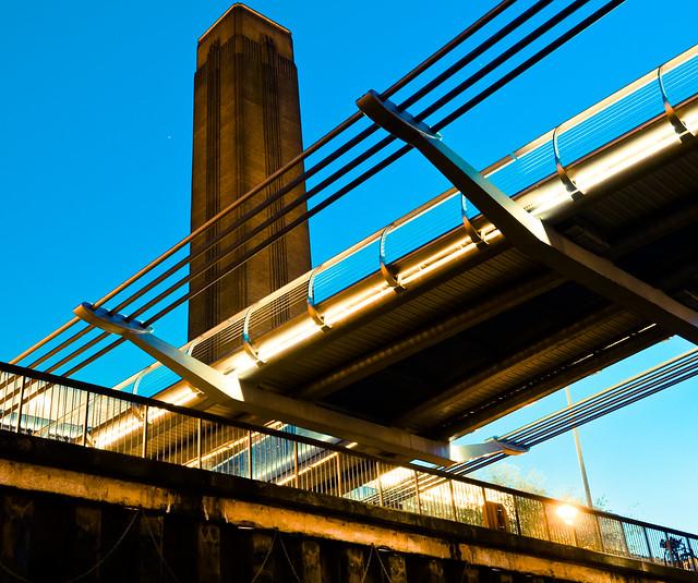 Millennium Bridge (Explored)