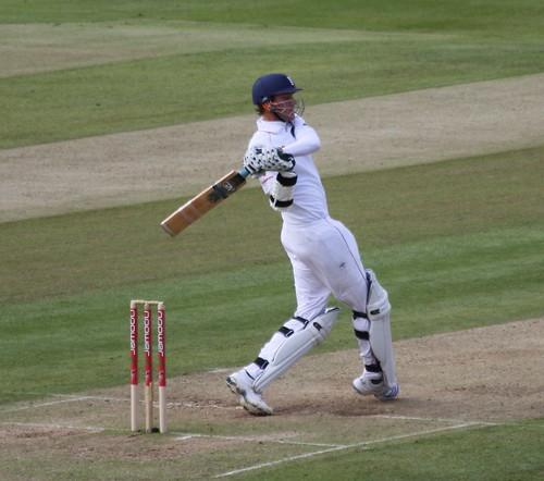Edgbaston E v A 2009 Stuart Broad Swings to Leg