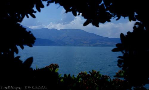 Natural frame in Eğirdir Lake