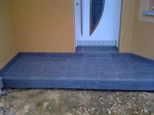 Muret ext rieur les bordures de la maison carrelage for Carrelage entree