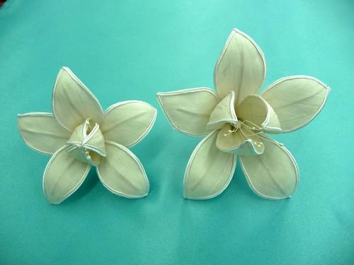 Flickriver photoset 39 flores de tela hechas a mano 39 by - Flores de telas hechas a mano ...