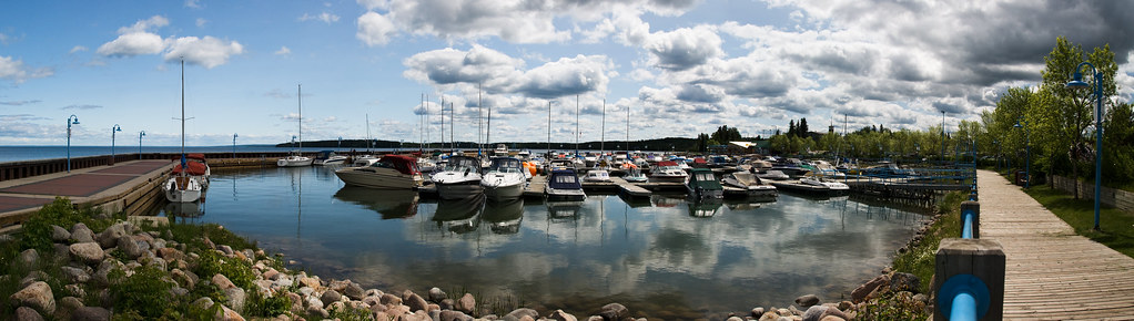 Close Marina Pano 1