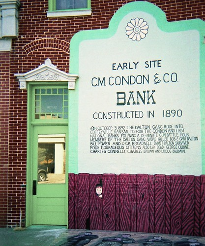 travel usa history museum america gang bank roadtrip scan crime kansas dalton robbery wildwest condon 1892 coffeyville predigitalcamera daltongang applecrypt