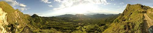 sol colombia cielo panoramica vista campo dolores dios montañas finca tolima cordilleras razordab