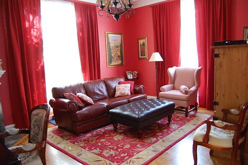 home design red living room