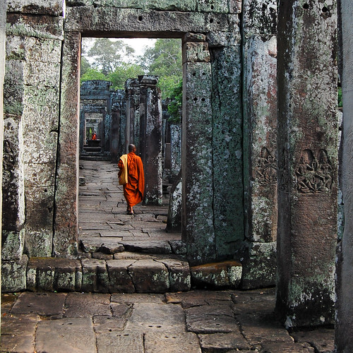 old travel orange stone wall asian temple ancient nikon asia cambodge cambodia kambodscha southeastasia walk religion monk buddhism angkorwat explore tropical siemreap angkor gettyimages bayon d40