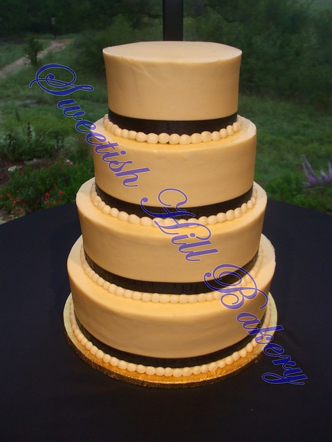 Navy Blue Ribbon Wedding Cake
