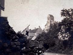 2éme bataille de la Marne - Contre-Offensive  de 1918 - Brumetz, poste sanitaire (photo VestPocket Kodak Marius Vasse 1891-1987)