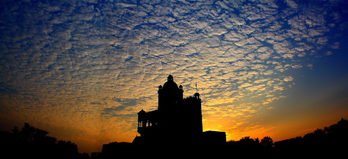 sunset sky india building silhouette clouds canon eos palace historical chhattisgarh 450d canonefs1855mmf3556is sarangarh aksveer