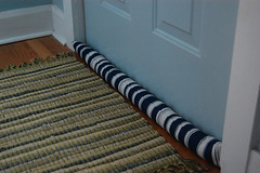 Latest posts of craftnclutter for Front door draft stopper