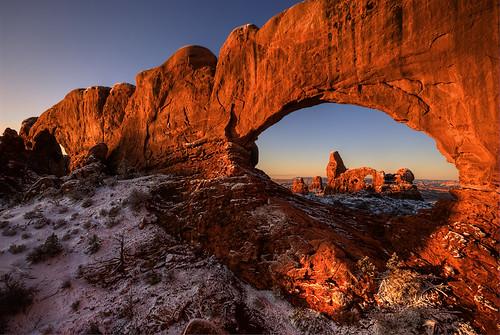 sunrise utah arch arches sunrises southernutah redrock archesnationalpark nationalparks turretarch naturalarches turretarchsunrise nationalparkphotography archessunrise