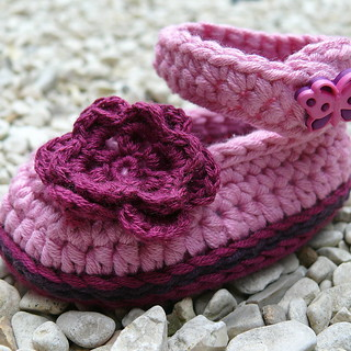 Shy Betty Crochet Baby Bootees 3-6 months Booties