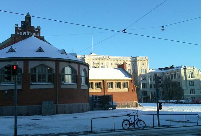 Helsinki de día en invierno