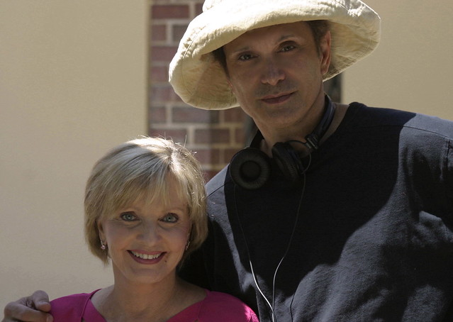 florence henderson dating barry williams Henderson infamously went on a date with barry williams, who played her stepson greg in the brady bunch, when he was 15 and she was 36 williams wrote about it in his book confessing that he had a.