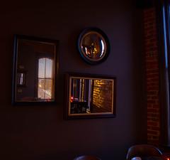 Les Trois Miroirs