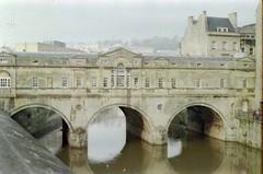 147. //25g/25/73/2.f - Pulteny Bridge (1769-74) over River Avon by Robert Adam, Bath - UK 1987