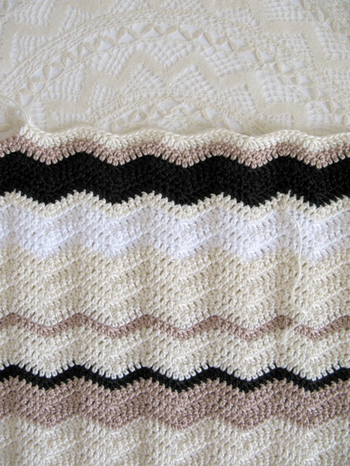 Neutral crochet ripples | Emma Lamb