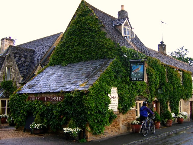 Best Cotswolds Pubs With Rooms