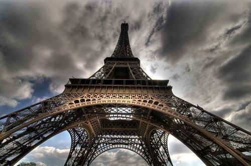 city paris monument eiffeltower latoureiffel hdr ville photolife pentaxk20d thebestofcengizsqueezeme2groups