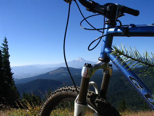 "<p>OregonSky<br /> <br /> <br /> gunnarcycles<br /> gunnarbikes <br /> <a href=""http://gunnarbikes.com"" rel=""nofollow"">gunnarbikes.com</a></p>"