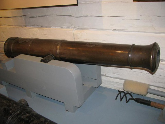 Fort York 67 - Blockhouse No. 2 - British - Bronze 6 Pounder Cannon - 1798