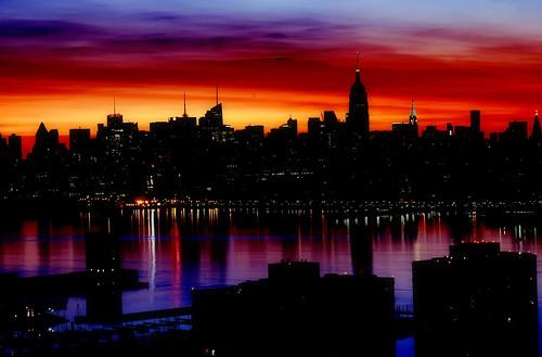 nyc newyorkcity longexposure skyline night sunrise geotagged dawn newjersey jerseycity bravo cityscape nightscape esb hudsonriver empirestate chryslerbuilding mudpig stevekelley