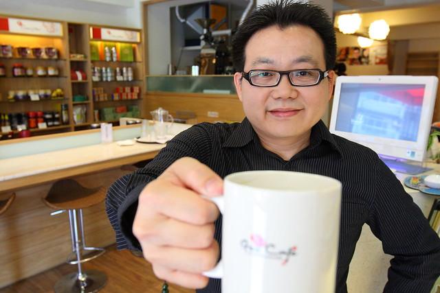 果子咖啡創辦人許峰勝