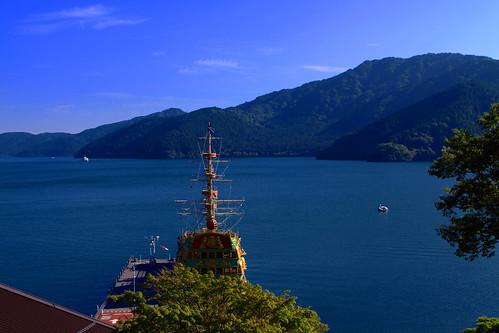 trip travel cruise blue vacation mountain lake japan canon landscape geotagged asian scenery asia hakone jpn ashi onsens sightsee lakeashi kanagawaken 50d goura sightseeingcruise anawesomeshot onsenso geo:lat=3523791667 geo:lon=13899472500