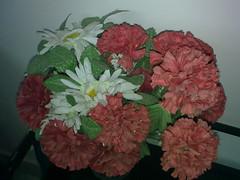 carnation, art, flower arranging, cut flowers, flower, floral design, red, plant, flower bouquet, floristry, peony, petal,