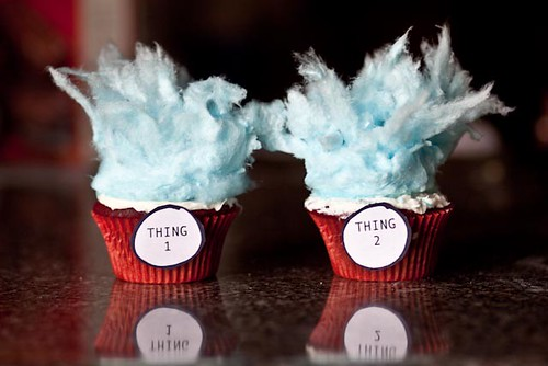 Thing 1 and Thing 2 Cupcakes!