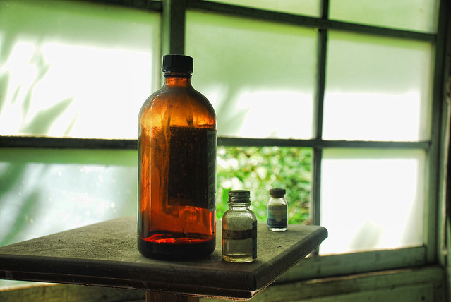 Nichitsu Drugs