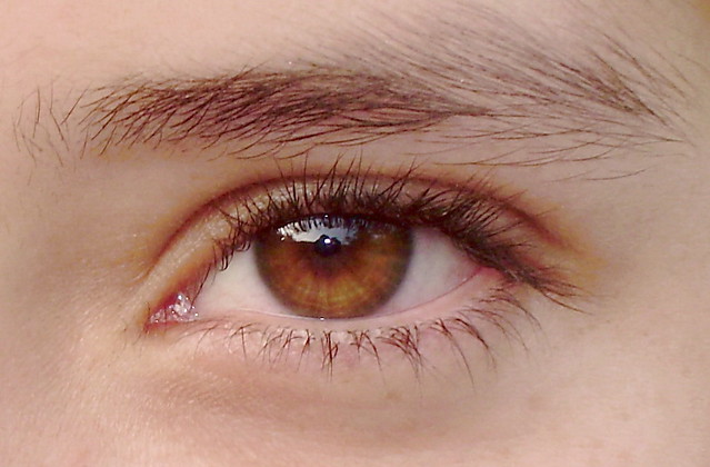 how to change eye color naturally with honey