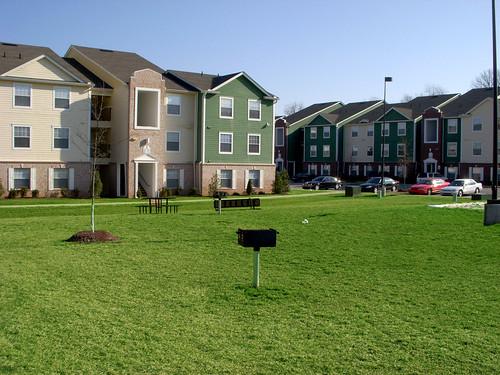 collegehousing offcampusapartmentsbowlinggreen studentapartmentsbowlinggreen furnishedapartmentsbowlinggreen aptsbowlinggreen