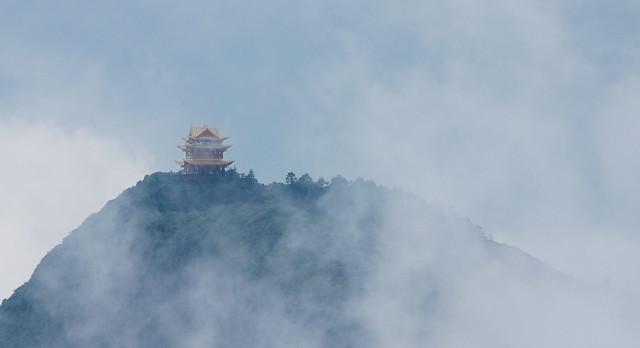 Mount Emei 峨嵋山