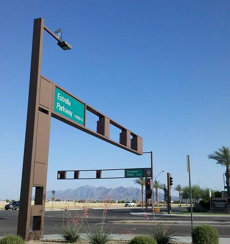 arizona intersection sierraestrella trafficsignals stoplights trafficcamera yucca