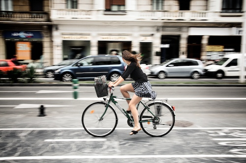 La chica de la bici / The Girl on bike