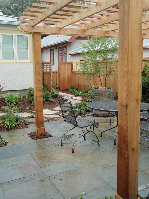 Bluestone definition meaning for What does pergola mean