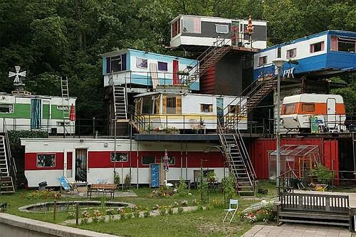 trailer_camp