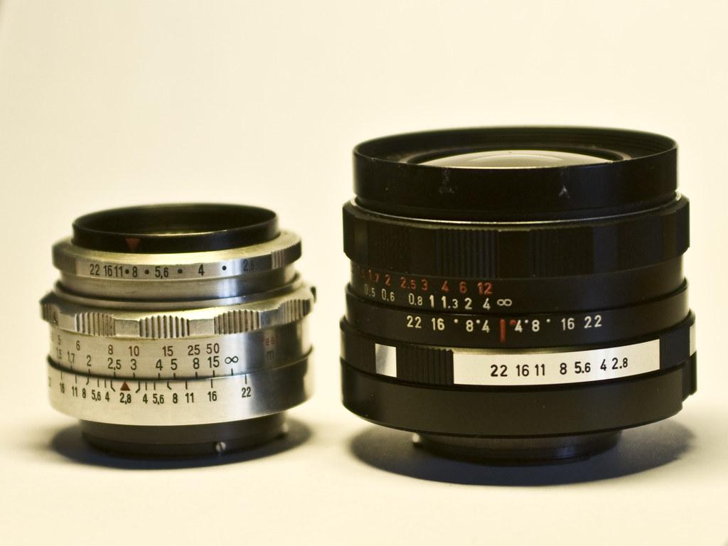 Meyer-Optik 2,8/29 Orestegon vs Carl Zeiss Jena Tessar 2,8/50: side view. Фото Ivan by Flickr