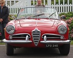 race car, automobile, automotive exterior, alfa romeo, vehicle, automotive design, alfa romeo giulietta, antique car, classic car, vintage car, land vehicle, convertible,